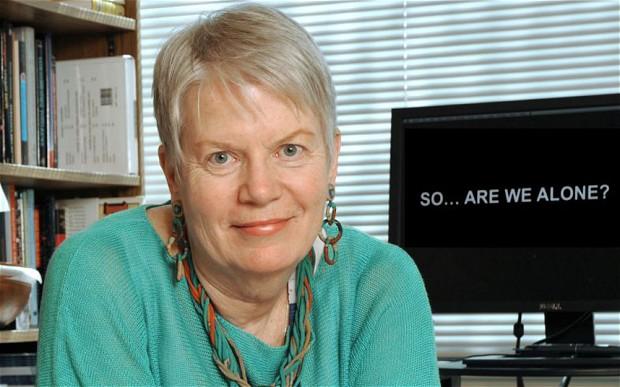 Sci-Fi Movies Are Wrong About Aliens, E.T. Hunter Jill Tarter Says - Jill Tarter, ex direttrice del SETI dichiara: sbagliato avere paura degli alieni