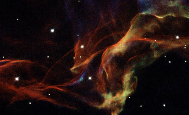 Cygnus: The beauty of the Veil Nebula - Costellazione del Cigno: la bellezza della Nebulosa Velo
