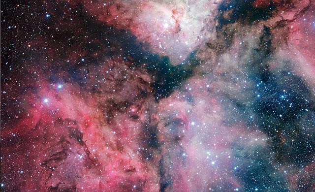 Immagine della Nebulosa della Carena per l'inaugurazione del VST - Image of the Carina Nebula Marks Inauguration of VLT