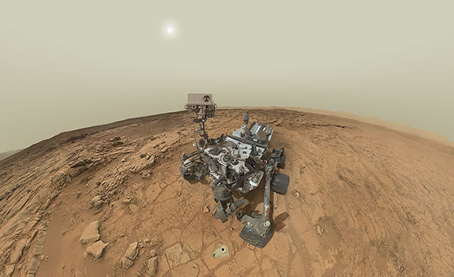 Marte: Autoritratto di Curiosity nel panorama marziano - Curiosity Self-Portrait Panorama