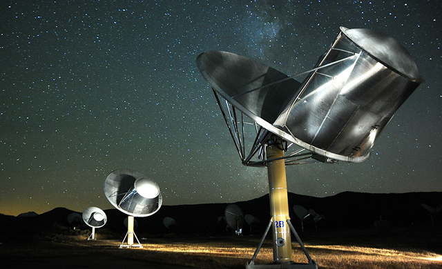 Evoluzione del SETI: Alla ricerca di Vita Extraterrestre usando il Canto delle Balene - SETI Evolution: Searching for Aliens Using Whale Songs and Radios (Op-Ed)