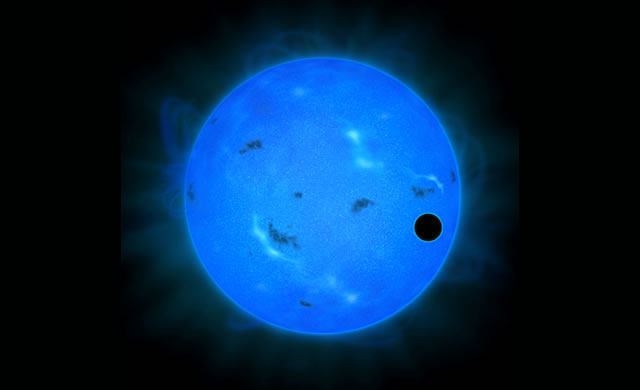 Esopianeta con Luce Blu: Una Super Terra Ricca d'atmosfera d'Acqua - Blue light observations indicate water-rich atmosphere of a super-earth