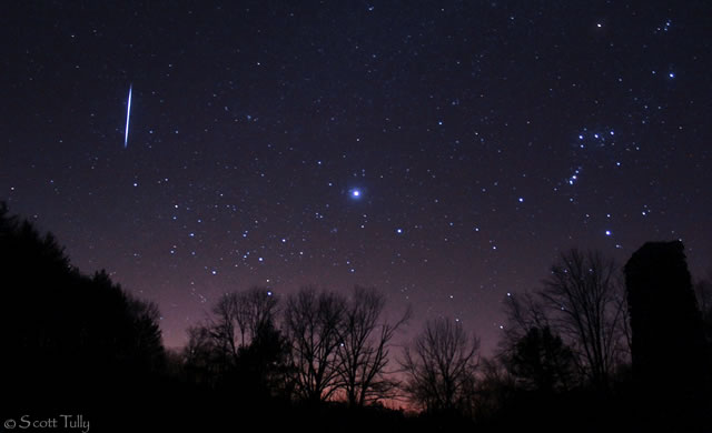 Pioggia di Stelle Cadenti: Il Weekend delle Leonidi - Leonid Meteor Shower Peaks This Weekend