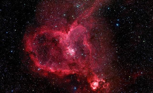 Un Universo d'Amore: Nebulosa Cuore - A Universe of Love: Heart Nebula