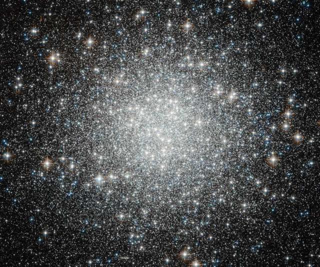 Hubble - M53