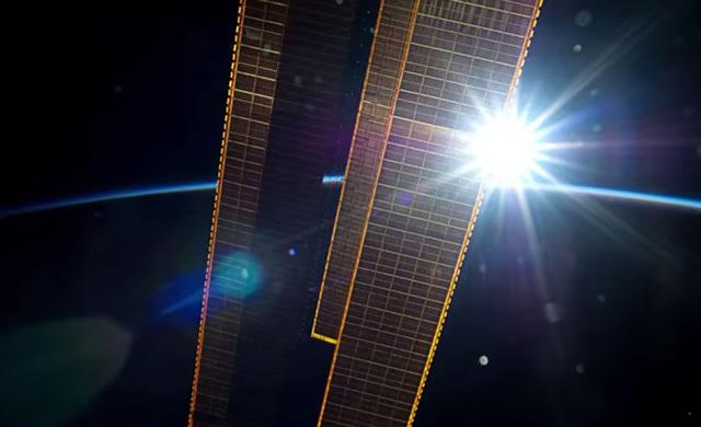 Dalla Stazione Spaziale Un Messaggio per l'Umanità - A timelapse message from ISS to all Humankind.