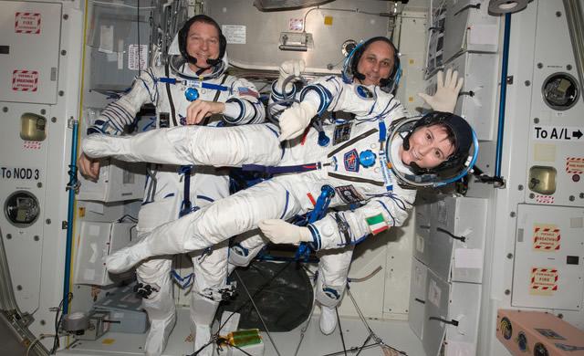Come e quando seguire in diretta il rientro di Samantha - NASA TV to Broadcast ISS Crew Departure