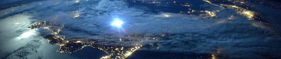 #ISS - Scott Kelly: Chiaro di Luna sull'Italia vista dallo Spazio - Moonlight over Italy